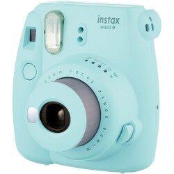 Digitālā fotokamera ar iebūvētu izdruku
