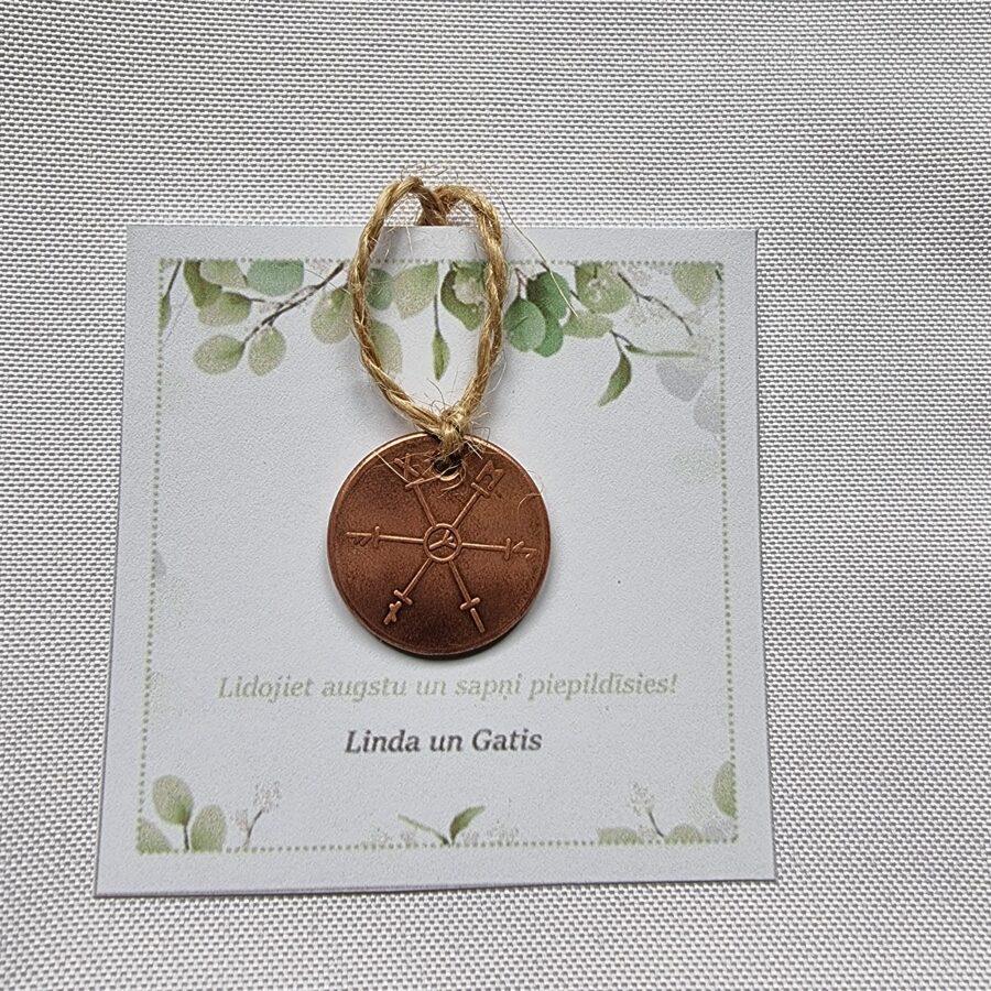 Personalizēta dāvana kāzu viesiem - veiksmes amulets ar vēlējumu